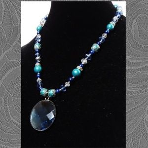 Deep Blue Faceted Pendant Jewelry Set